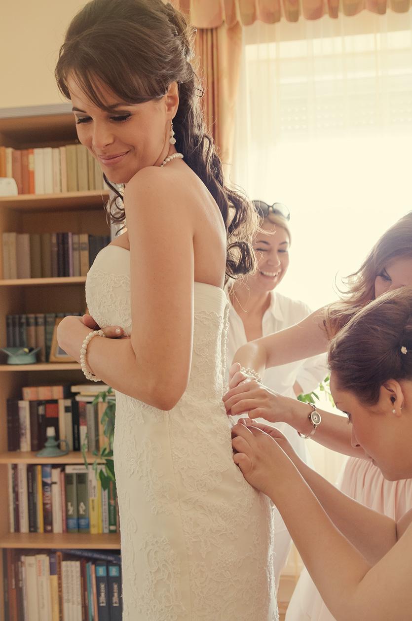 menyasszony készülődés