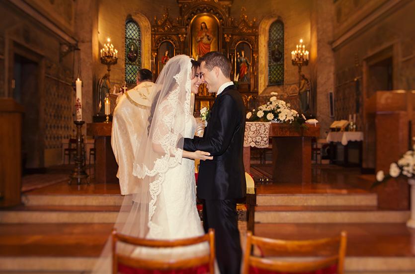 Paks templomi esküvő fotózás
