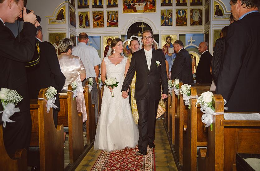 pécsi esküvő fotó xavér templomban