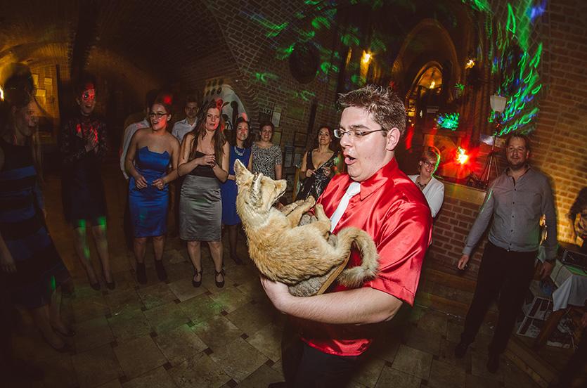Haru Fotó esküvői fotózás Bagolyvár