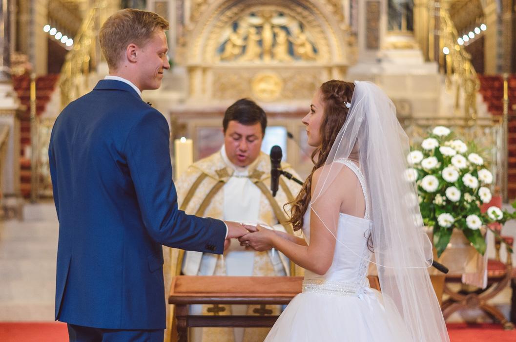 Esküvői fotózás Székesegyház