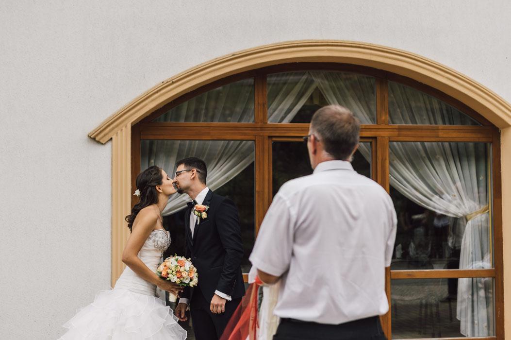 esküvői fotózás Naspolya vendéglő 3