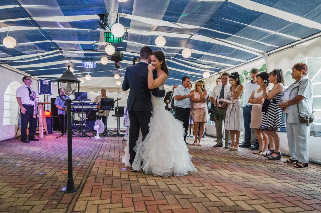 esküvői fotózás Naspolya vendéglő
