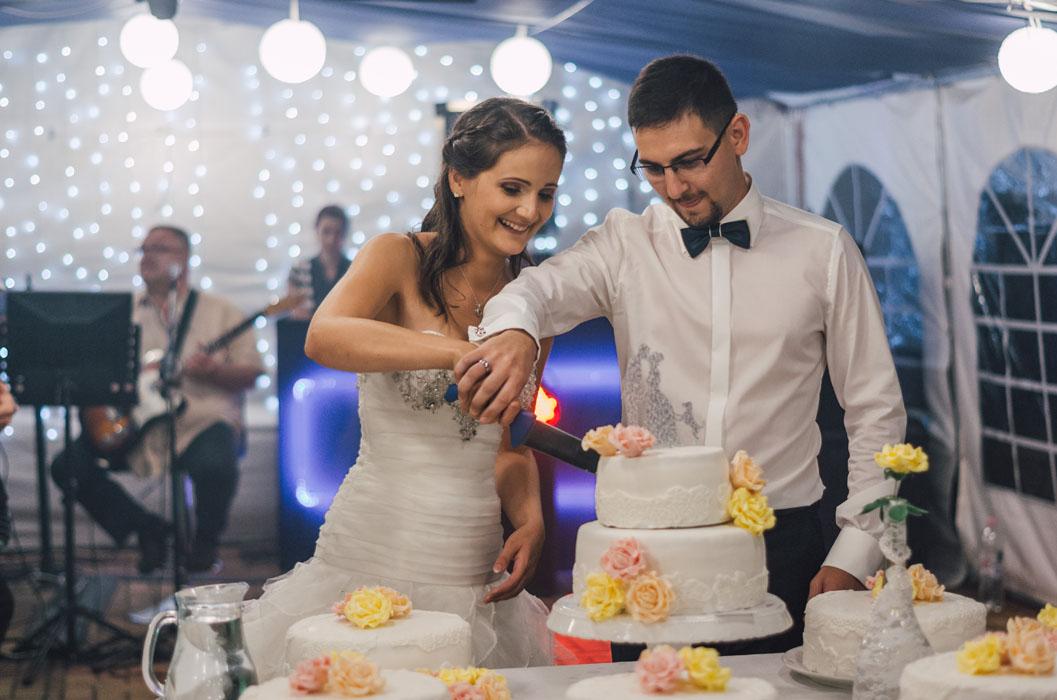 Bátaapáti Naspolya vendéglő esküvő