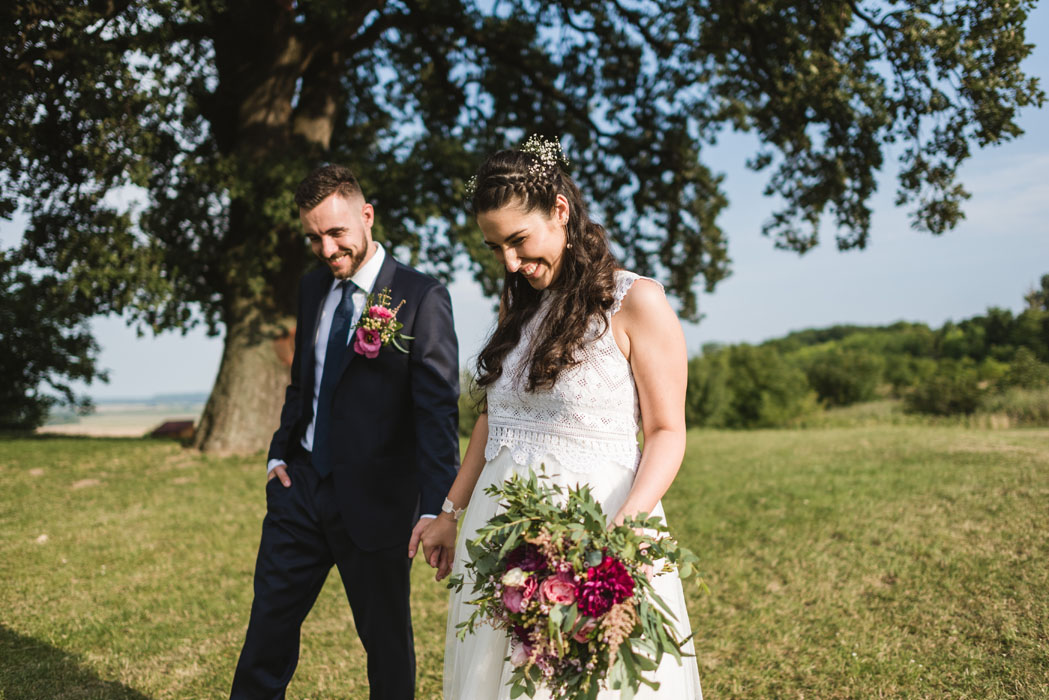 pálfi bíbor menyasszonyi ruha