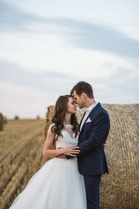 esküvő fotós szalma bála