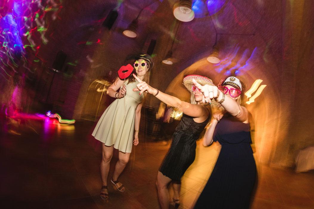 esküvői buli fotózás