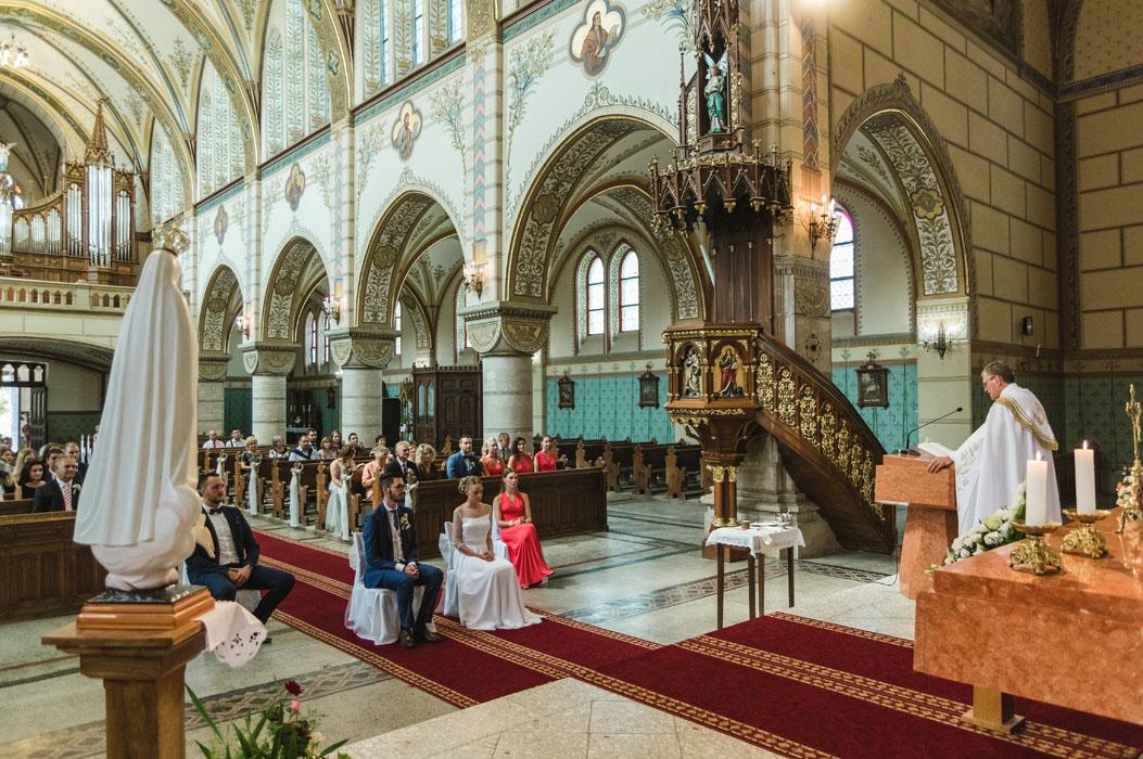 esküvő Bátaszéki templom