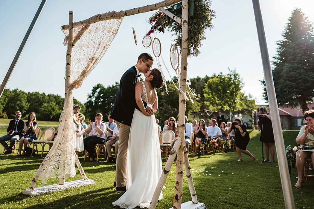 esküvő fotózás a Mocz Tanyán