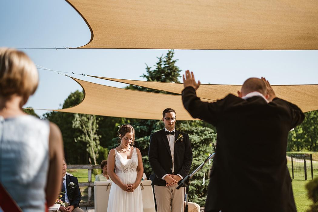 esküvői fotózás a Mocz Tanyán